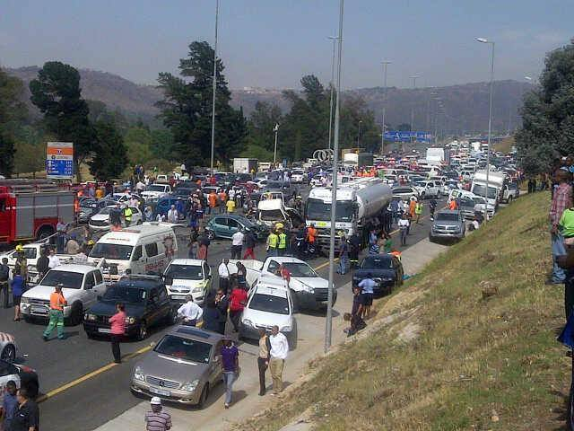 Car Insurance After Accident >> Horror accident on N12 claims 2 lives | JBAY News